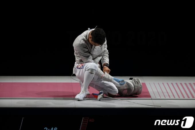 [사진] 결승전 중 손목 다친 김정환