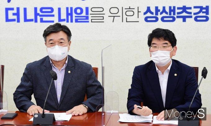 [머니S포토] 정책조정회의서 발언하는 윤호중 원내대표