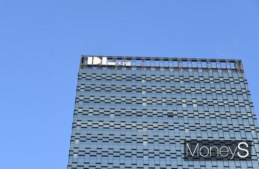 DL이앤씨는 29일 올해 2분기 IFRS 연결기준 매출액 1조9223억원과 영업이익 2290억원이 예상된다고 공시했다. /사진=장동규 기자