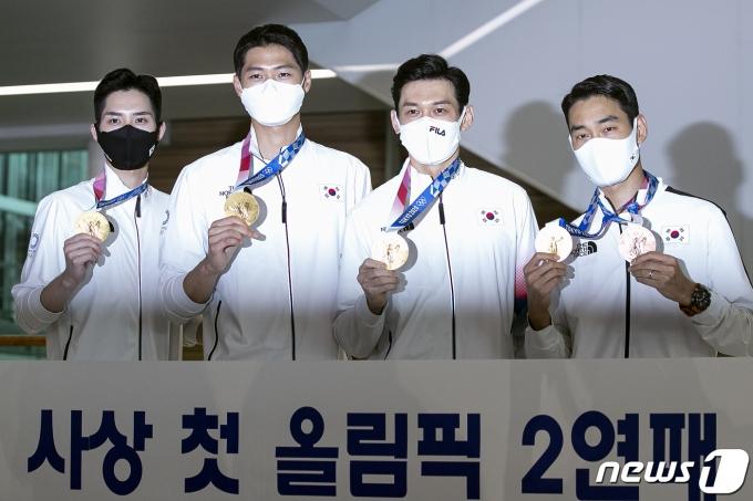 [사진] 한국 펜싱 최초 올림픽 2연패 '남자 펜싱 사브르'