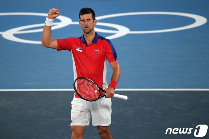 노박 조코비치는 두 번만 더 이기면 올림픽 금메달을 획득한다. © AFP=뉴스1