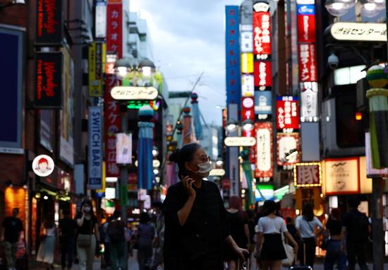 29일 일본 NHK는 이날 일본 전역에서 신종 코로나바이러스 감염증(코로나19) 신규 확진자 1만699명이 발생해 역대 최다치를 기록했다고 보도했다. 사진은 지난 28일 오후 도쿄 시내의 모습. /사진=로이터
