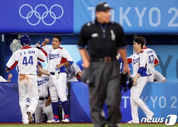 [사진] 미소 짓는 대한민국 야구 대표팀