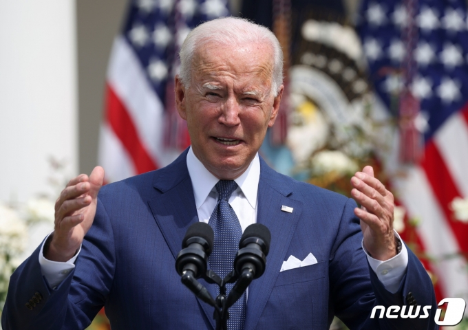 26일(현지시간) 미국 백악관 로즈가든에서 열린 미국 장애인법(ADA) 제정 31주년 행사에서 조 바이든 미국 대통령이 발언을 하고 있다. © 로이터=뉴스1 © News1 이정후 기자
