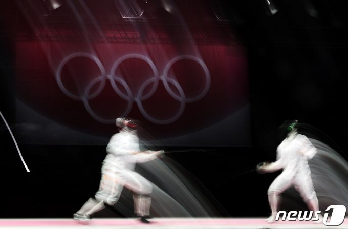 [사진] 박상영 '도쿄올림픽 단체전 동메달 획득'