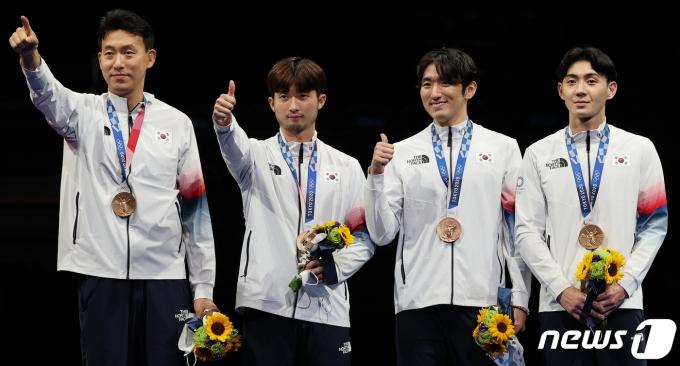 [사진] 남자 에페 펜싱 대표팀 '엄지척'