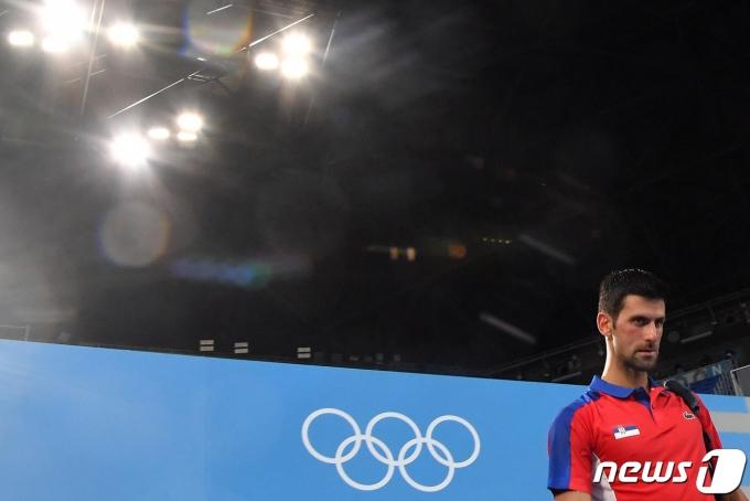 2020 도쿄 올림픽 남자 단식 4강에서 패한 세계랭킹 1위 노박 조코비치. © AFP=뉴스1