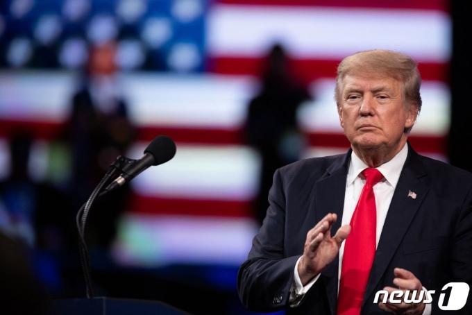 도널드 트럼프 전 대통령이 지난 11일 텍사스주 댈러스에서 열린 CPAC 행사에서 연설하고 있다.© AFP=뉴스1