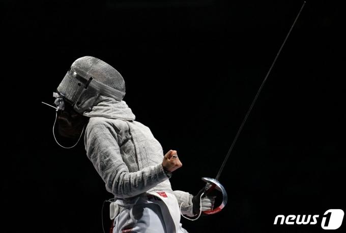 펜싱 여자 사브르대표팀이 단체전 준결승에 진출했다. © AFP=뉴스1
