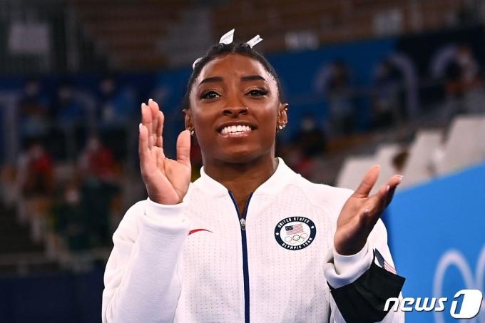 시몬 바일스는 2020 도쿄 올림픽 여자 도마 결선에 나가지 않는다. © AFP=뉴스1