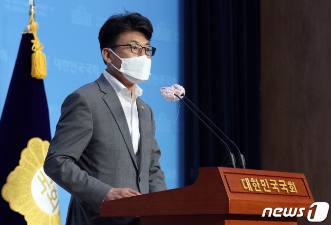 진성준 더불어민주당 의원 2020.8.26/뉴스1 © News1 박세연 기자