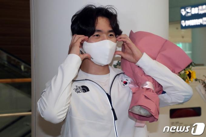 [사진] 박상영 '팬을 위한 하트'