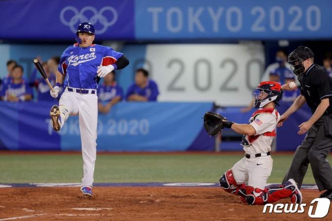한국은 7월 31일 2020 도쿄 올림픽 조별리그 B조 미국전에서 14개의 삼진을 당했다. © AFP=뉴스1