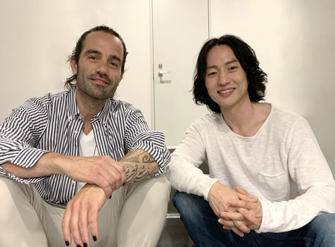 뮤지컬 배우 라민 카림루(왼쪽)과 마이클 리(리마프로덕션스 )© 뉴스1
