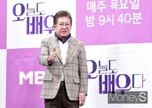 배우 김용건이 낙태 강요 미수죄로 피소 당했다는 소식이 전해졌다. /사진=임한별 기자
