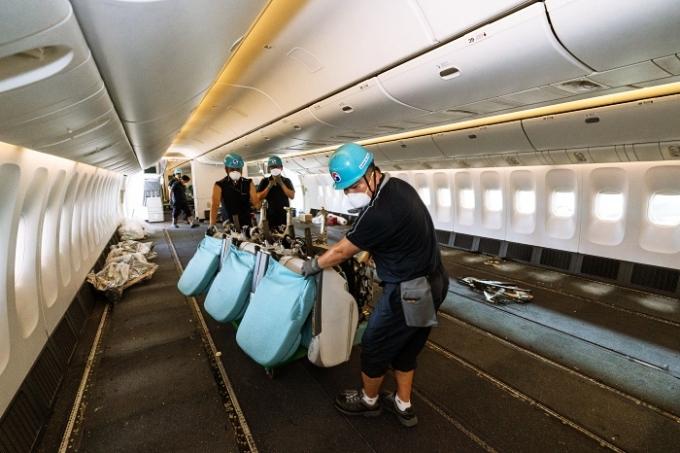 대한항공이 지난 1일 화물전용 여객기 1만회 운항을 달성했다고 2일 밝혔다. /사진제공=대한항공