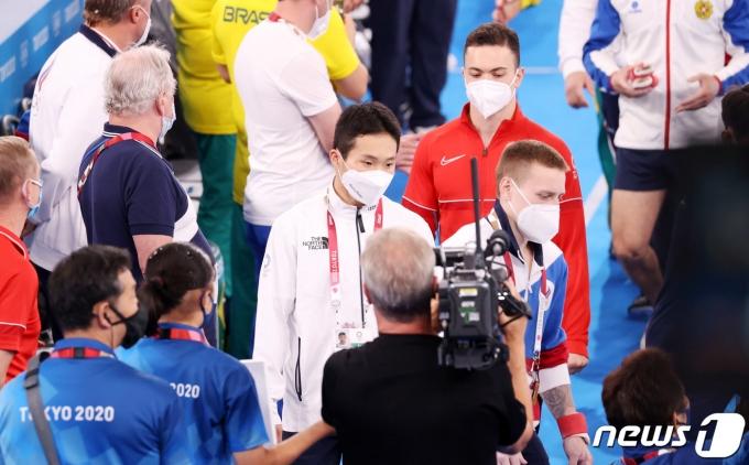 [사진] 2020 도쿄올림픽 도마 결승 앞둔 신재환
