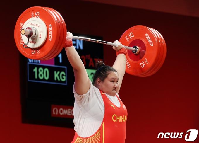 [사진] 중국 리원원 '올림픽 신기록'