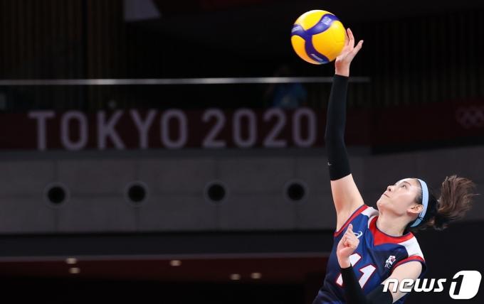 여자 배구대표팀의 김수지. 2021.7.31/뉴스1 © News1 송원영 기자