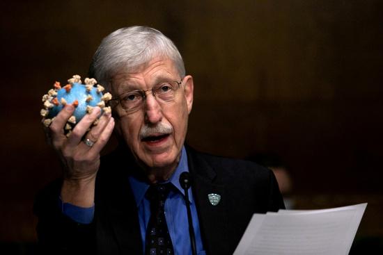 지난 2일(이하 현지시각) 프랜시스 콜린스 미국 국립보건원 국장이 미국 내 신종 코로나바이러스 감염증(코로나19) 부스터샷(백신 추가 접종) 필요성에 대해 현재로서는 필요 없다는 의견을 밝혔다. 사진은 프랜시스 콜린스 미국 국립보건원 국장. /사진=로이터