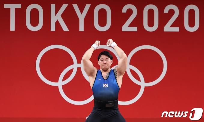 [사진] 185kg 실패하는 진윤성