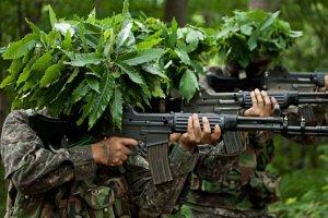 해병대가 쏜 총에 차가 망가졌는데… '소주 1박스'로 끝?