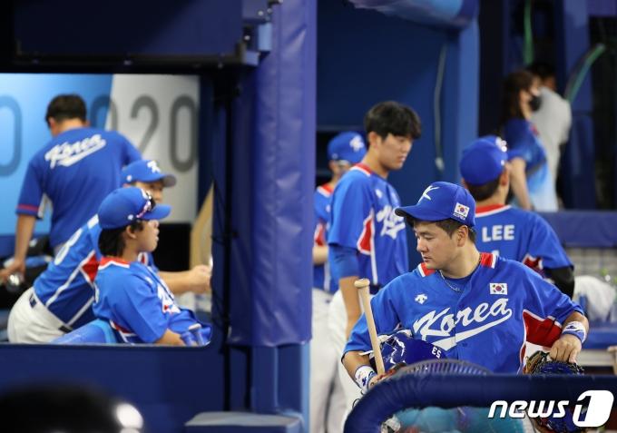 [사진] 일본에 무릎 꿇은 야구대표팀
