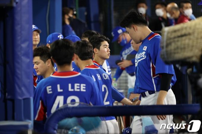 [사진] 한일전 패한 야구대표팀