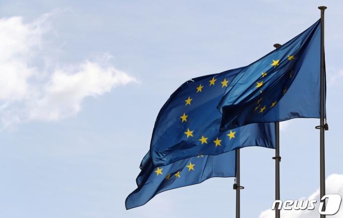 벨기에 브뤼셀에 위치한 유럽연합(EU) 집행위원회 본부 앞. © 로이터=뉴스1 자료 사진