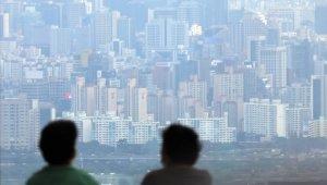 집값·가계빚 해결책은 금리 인상?… 한은 금통위 '설전'