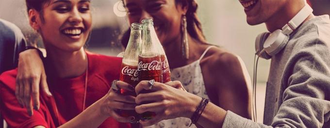 코카콜라가 신종 코로나바이러스 감염증(이하 코로나19) 재확산에도 불구하고 2분기 매출액 100달러를 넘어섰다./사진=코카콜라