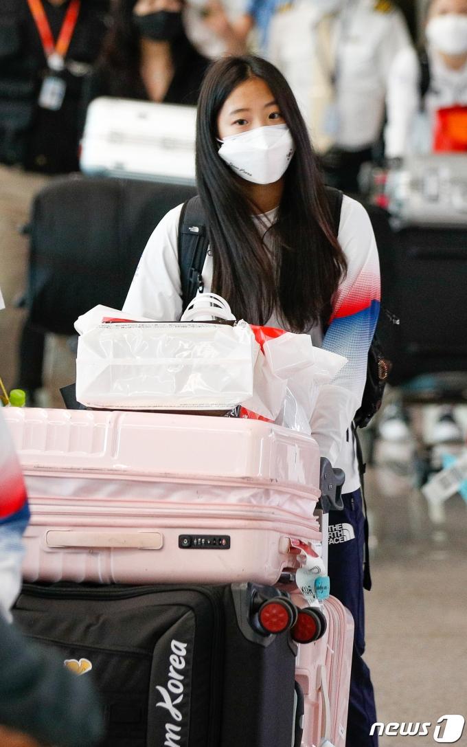 [사진] 신유빈 '잘 싸웠다'