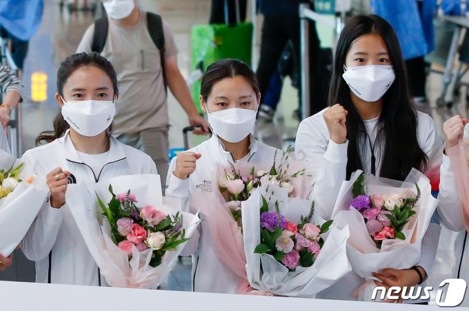 [사진] 여자탁구 '도쿄올림픽 일정 마치고 귀국'
