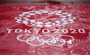 도쿄올림픽은 저주받았나… 이번엔 태풍으로 폐막식 '비상'