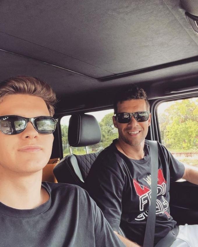 지난 5일(이하 현지시각) 영국 일간지 미러는 전 독일 축구대표 미하엘 발락(44·오른쪽)의 아들 에밀리오 발락(18)의 사망 소식을 보도했다. /사진= 발락 인스타그램