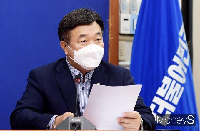 """[머니S포토] 與 윤호중 """"언론중재법, 정부·여당 봐달라는 법 아냐…국민을 지키는 법"""""""