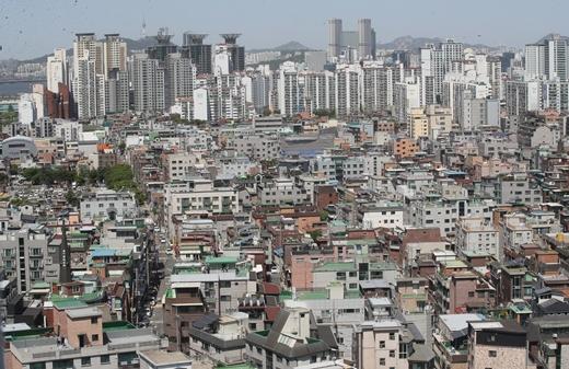 지난 7월 서울 빌라의 평균 월세는 62만4000원으로 나타나 한국부동산원이 관련 조사를 시작한 이래 가장 높았다. 사진은 서울 주택가. /사진=뉴스1