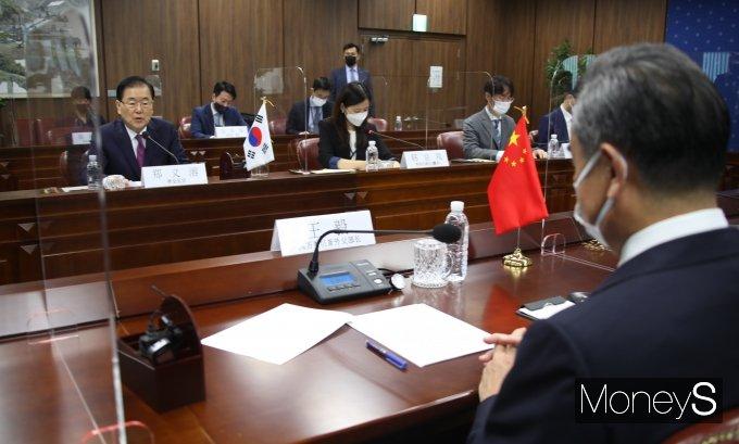 [머니S포토] 한·중 외교장관회담서 발언하는 정의용 장관