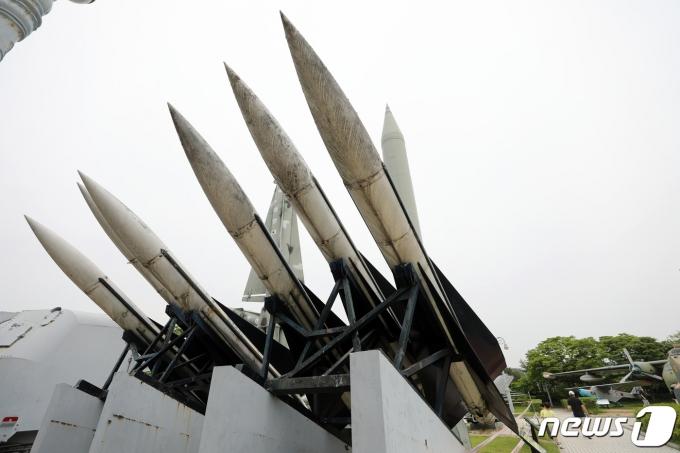 서울 용산 전쟁기념관에 전시된 미사일. 2021.5.23/뉴스1 © News1 이승배 기자