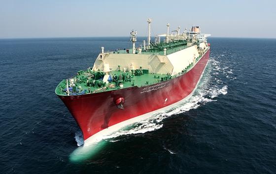 한국조선해양과 대우조선해양이 연간 수주 목표를 조기에 달성한 가운데 삼성중공업도 러시아에서 대규모 수주가 유력한 만큼 연내 목표 초과 달성이 유력한 것으로 관측된다. 현대중공업이 건조한 LNG선. /사진=한국조선해양