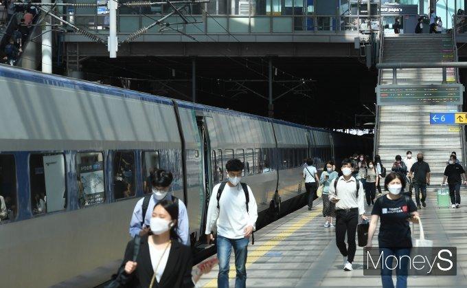 [머니S포토] 추석명절 연휴 앞둔 서울역