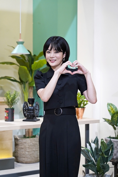 배우 채림이 '내가 키운다'에서는 아들을 최초 공개한다. 배우 채림이 7월9일 JTBC 예능 '용감한 솔로 육아 내가 키운다' 온라인 제작발표회를 하고 있다. /사진=뉴시스