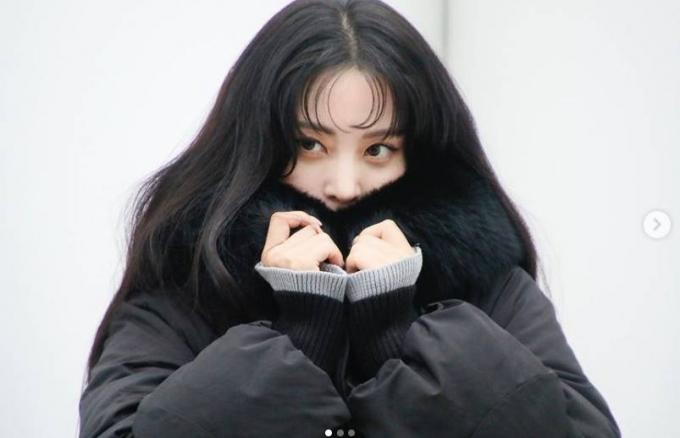 배우 한예슬이 겨울 옷을 입고 인형같은 미모를 뽐냈다./사진=한예슬 인스타그램