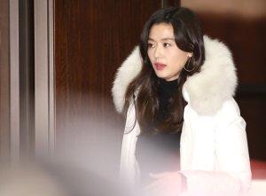 전지현, 남편과 다정하게 데이트… 목격된 곳은 어디?