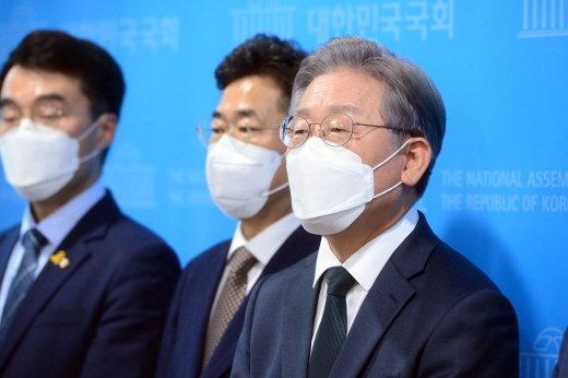 """경기도의회 의원 67명 """"대장동 개발이익 5503억 성남 시민에게 환수"""""""