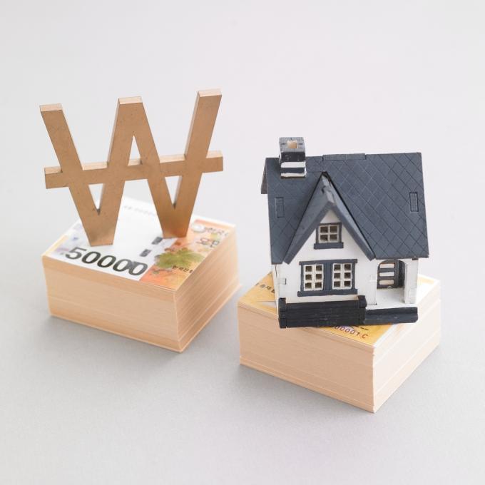 무주택 서민들의 주거 사다리 역할을 해온 정책금융상품 '보금자리론'의 금리가 4%대를 눈앞에 두고 있다./사진=이미지투데이