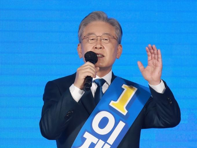 """이재명 """"광주·전남 경선 결과 겸허히 수용""""… 대장동 영향 가능성도 시사"""
