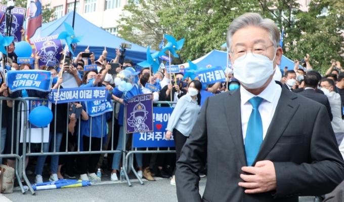 이재명, 전북서 1위, 이낙연·추미애·박용진·김두관 순