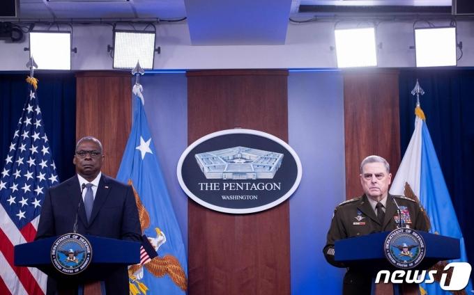 로이드 오스틴 미국 국방장관과 마크 밀리 합참의장. © AFP=뉴스1 © News1 우동명 기자