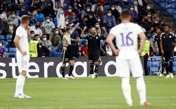 레알 마드리드(스페인)는 29일(한국시각) 스페인 마드리드 산티아고 베르나베우에서 열린 20221-22시즌 챔피언스리그 D조 조별리그 2차전에서 셰리프에 1-2로 '충격패' 당했다. /사진= 로이터